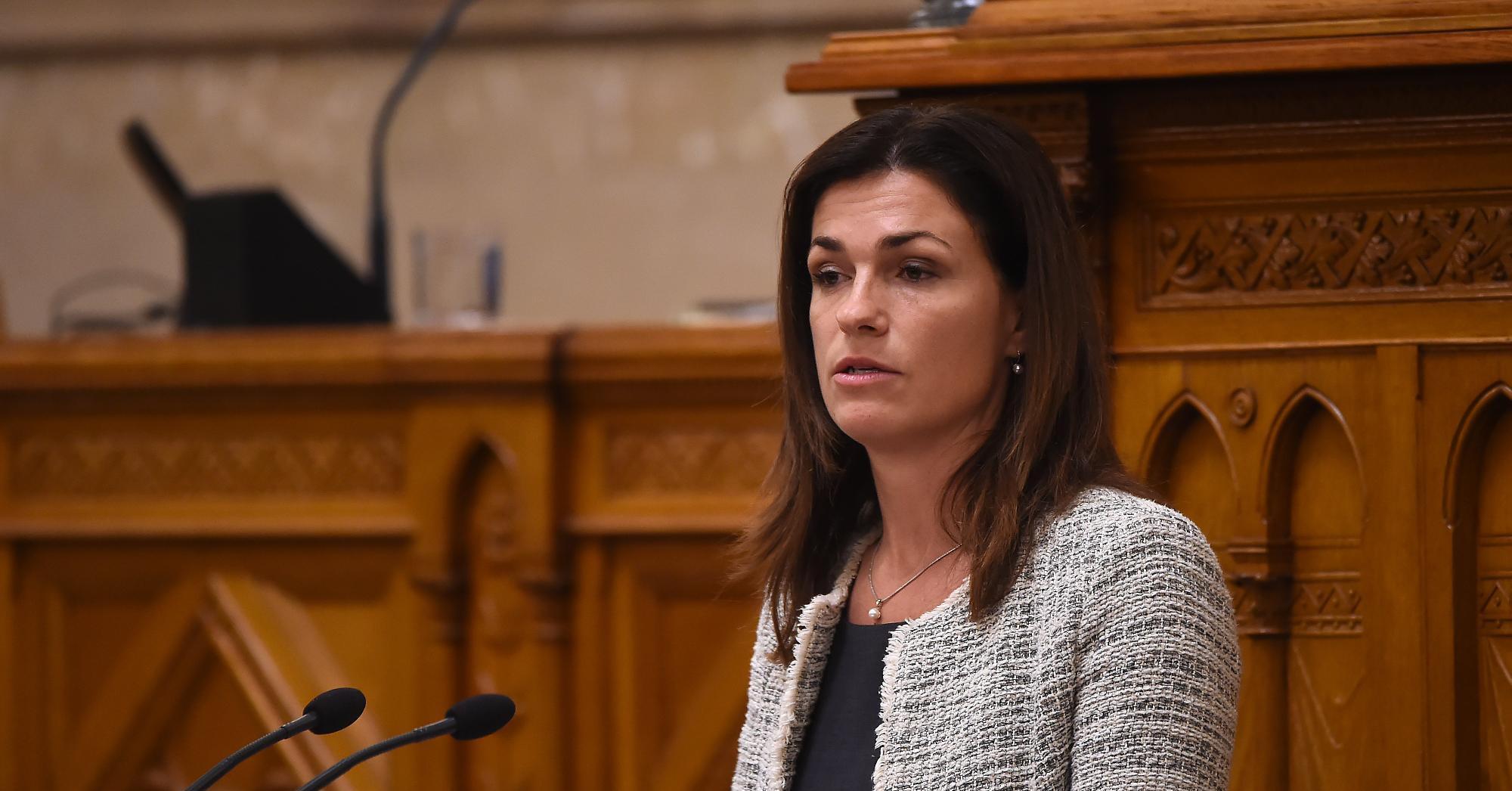 Varga Judit: Magyarország nem tervez abortusztilalmat bevezetni